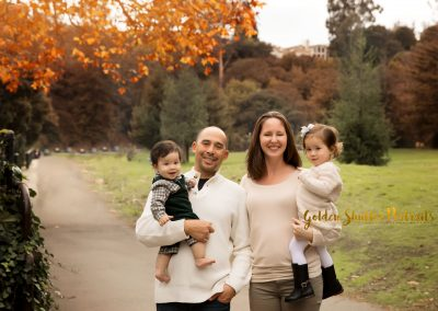 Fall Family photographs in Oakland